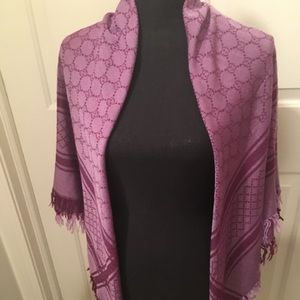 PRE-LOVED AUTHENTIC PURPLE GUCCI WOOL/SILK 🧣WRAP